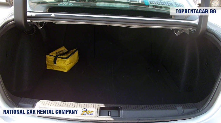 Renault Fluence - trunk view