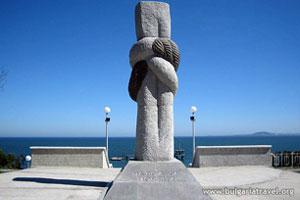 Monument near the Sea Garden