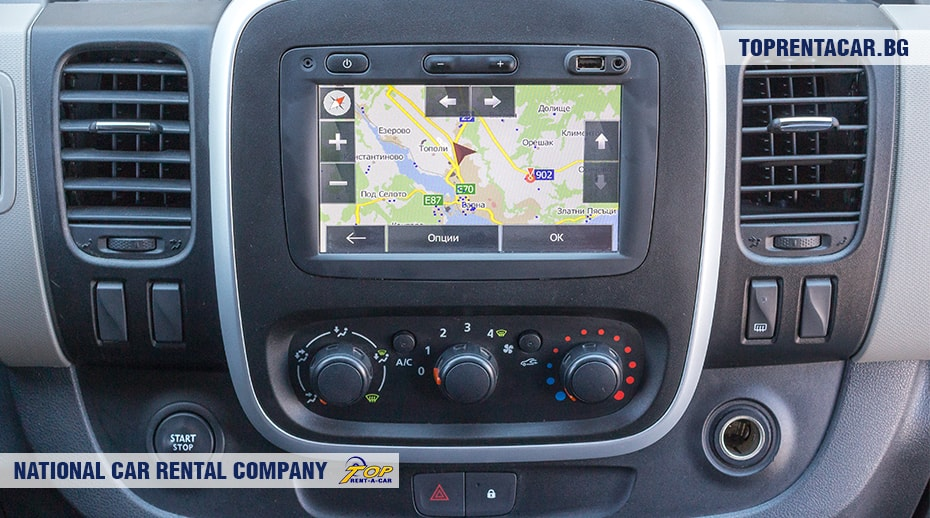 Renault Trafic - inside view 3