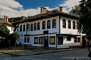Tryavna - national revival architecture